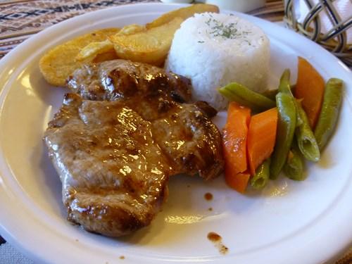 アルパカ肉のステーキ
