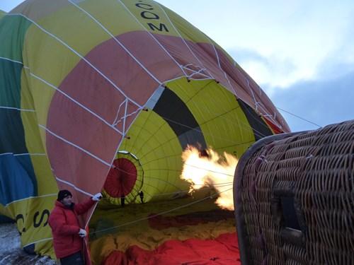 気球ツアー準備