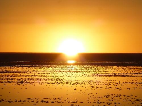 ウユニ塩湖の夕暮れ