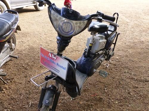 バガン遺跡観光に便利なレンタル電動バイク(e-bike)