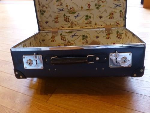 グローブ・トロッター(globe trotter)のスーツケース・サーフライダーのカギ部分