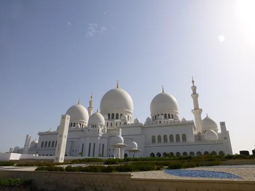 シェイク・ザイード・モスクの外観