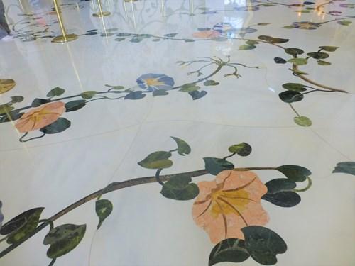 シェイク・ザイード・モスク内部の床