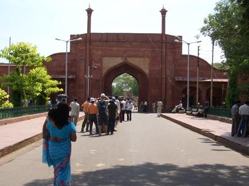 インドのタージ・マハルの南門