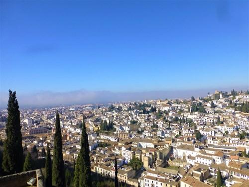アルハンブラ宮殿のアルカサバの見張り台からの眺め