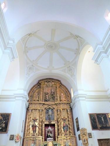 アルハンブラ宮殿のサンタマリア教会内部