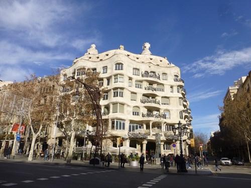 スペイン・バルセロナのカサ・ミラ
