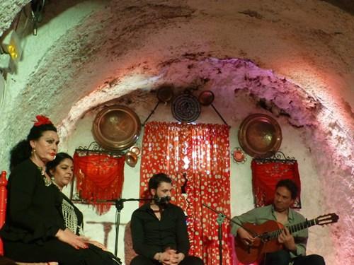 Los Tarantos(ロス・タラントス)のフラメンコの演奏者