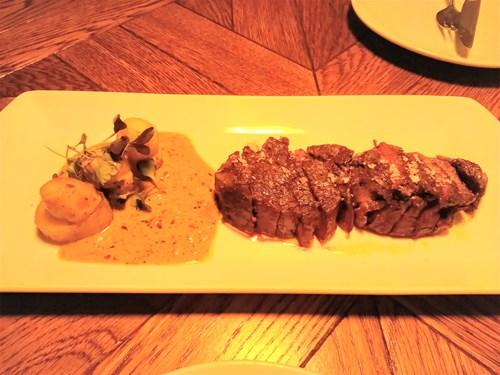 バルセロナのbardeniのステーキ