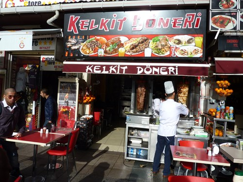 トルコ・イスタンブールのドネルケバブの店