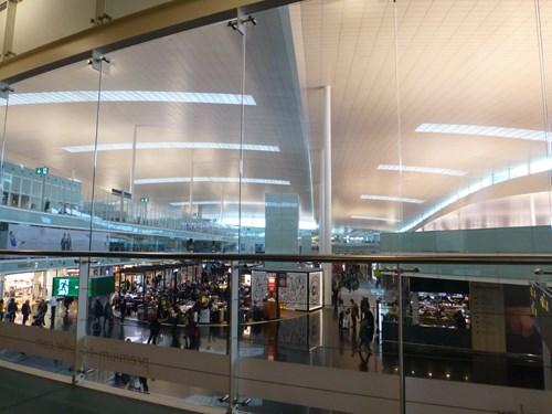 エルプラット空港 Sala VIP Pau Casalsラウンジからの眺め