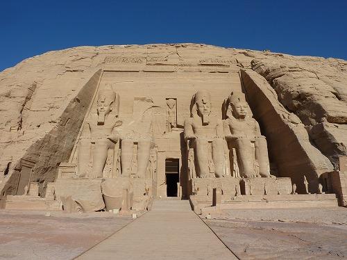 エジプト・アブシンベル大神殿