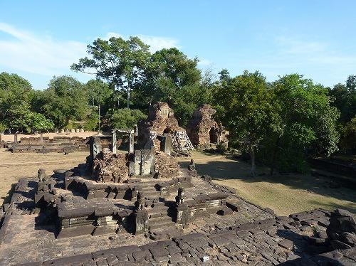 カンボジア・ロリュオス遺跡群のバコン