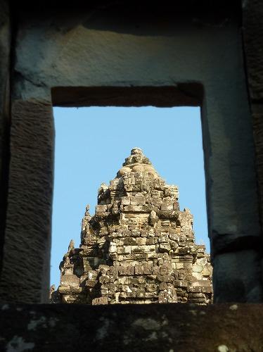 カンボジア・ロリュオス遺跡群のバコンの中央祠堂