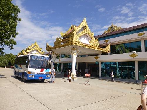 ミャンマー・バガンのニャウンウー空港