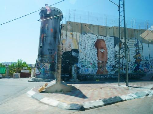ベツレヘム(パレスチナ)にある分離壁(アパルトヘイト・ウォール)