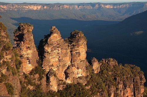 オーストラリア・ブルーマウンテンズ国立公園のスリーシスターズ
