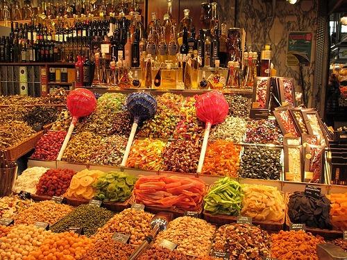 スペイン・バルセロナのサンジュセップ市場(ボケリア)の菓子専門店