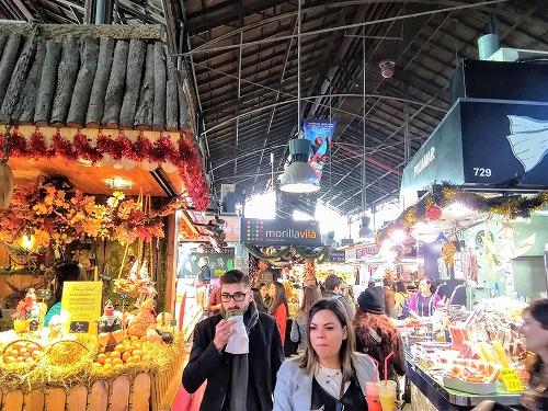 スペイン・バルセロナのサンジュセップ市場(ボケリア)