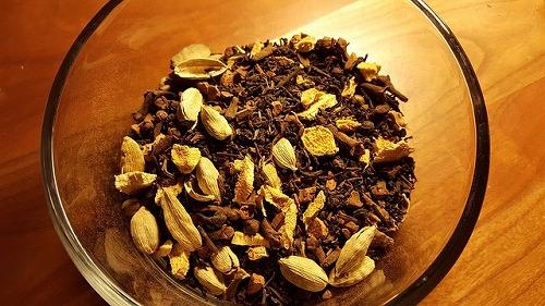 インド名物「チャイ」に使われる香辛料