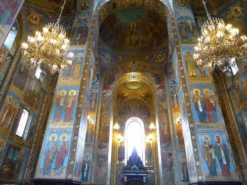 ロシア・サンクトペテルブルクの血の上の救世主教会の内部