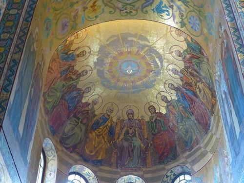 ロシア・サンクトペテルブルクの血の上の救世主教会の天井モザイク画