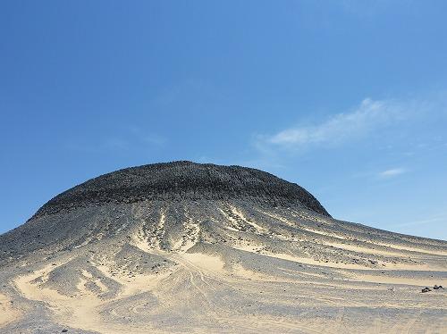 エジプト西方砂漠の黒砂漠