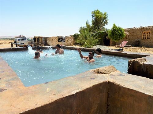 エジプト西方砂漠の鉱泉