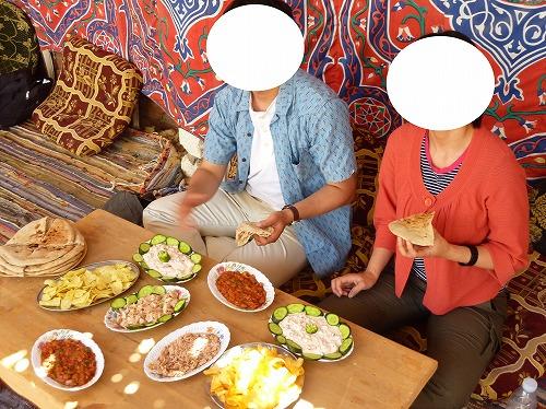 エジプト西方砂漠ツアーでの食事
