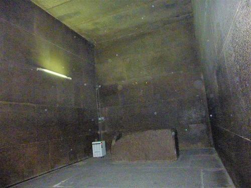 エジプト・ギザのクフ王のピラミッド内にある玄室