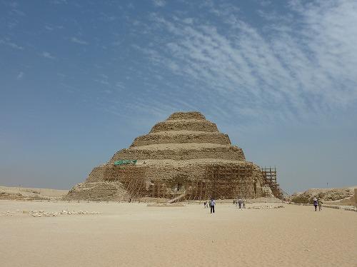 エジプト・サッカラの階段ピラミッド