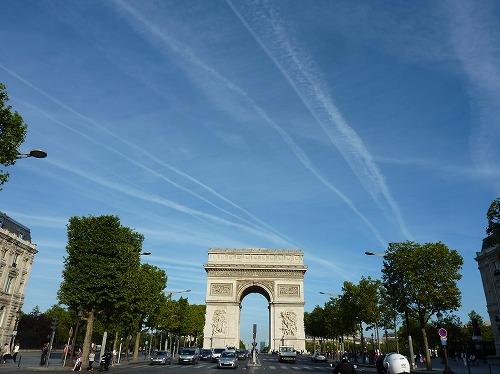 フランスのパリにあるエトワール凱旋門