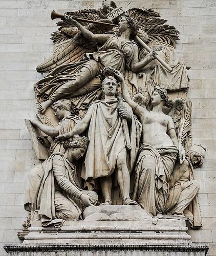 フランスのパリにあるエトワール凱旋門の彫刻(コルトー作の『1810年の勝利』)