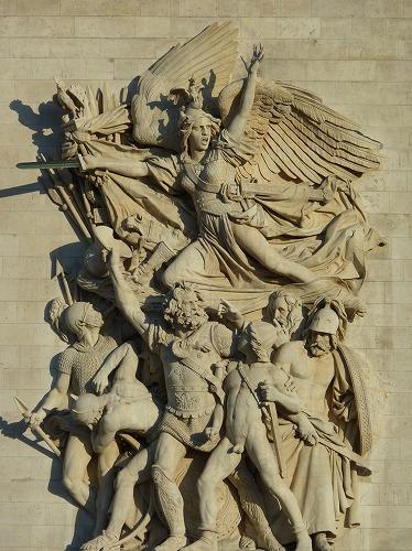フランスのパリにあるエトワール凱旋門の彫刻(リュード作の『1792年の義勇軍の出陣(通称:ラ・マルセイエーズ)』)