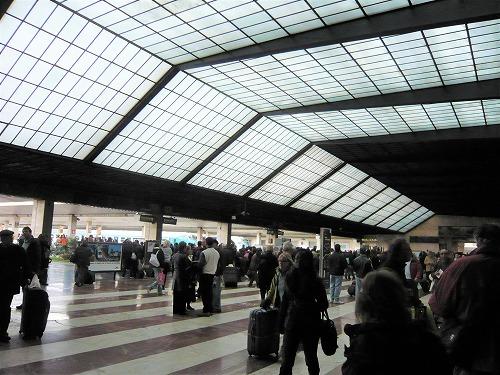 イタリア・フィレンツェ中央駅の構内