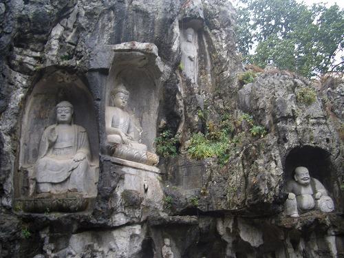 上海・杭州にある霊隠寺の石仏群