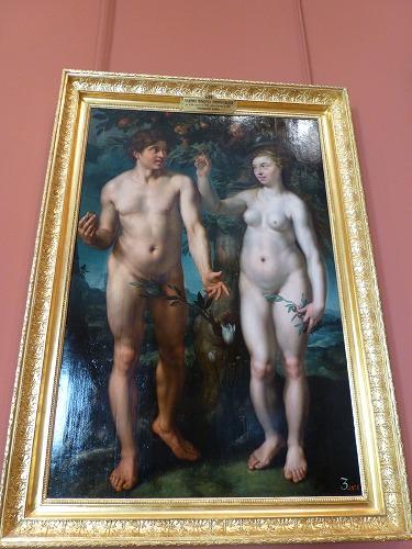 ロシア・サンクトペテルブルクのエルミタージュ美術館に展示されているアダムとイブ