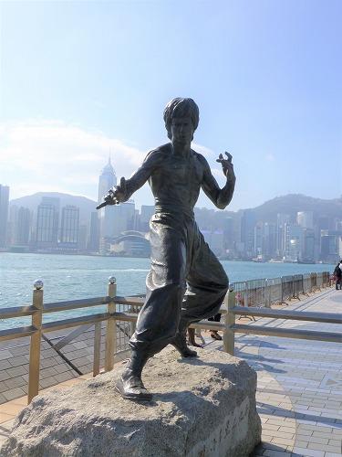 香港のアベニュー・オブ・スターズのブルース・リー像