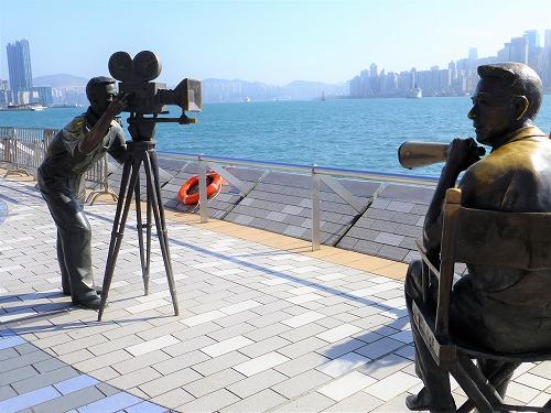 香港のアベニュー・オブ・スターズの像