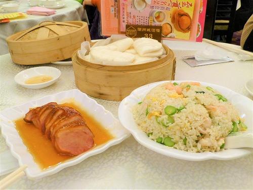 香港のレストラン・潮州城酒楼の蜜餞焼鴨胸と潮州炒飯