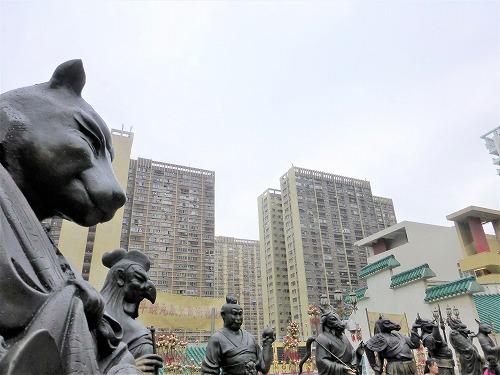 香港の黄大仙祠の十二支像