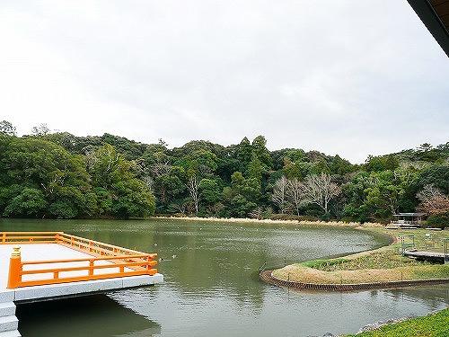 伊勢神宮外宮のまがたま池