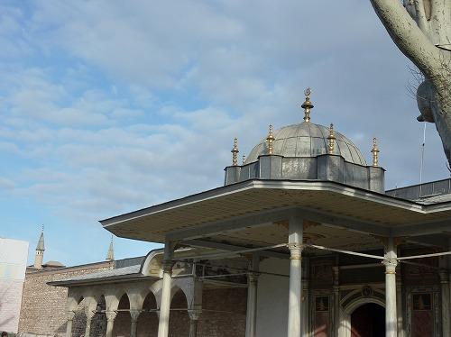トルコ・イスタンブールのトプカプ宮殿の幸福の門