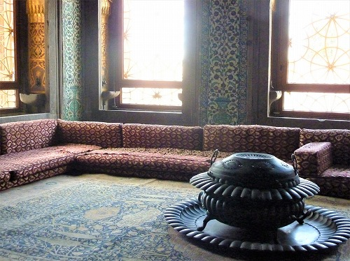 トルコ・イスタンブールのトプカプ宮殿のハレム(カフェス)