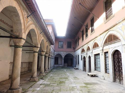 トルコ・イスタンブールのトプカプ宮殿のハレム(女奴隷の部屋)
