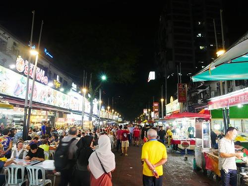 マレーシア・クアラルンプールのアロー通りの屋台街