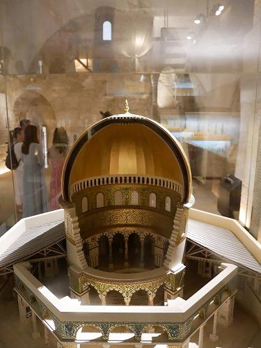 エルサレム(イスラエル)のダビデの塔に展示されている岩のドーム内部の模型