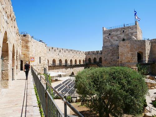 エルサレム(イスラエル)の旧市街にあるダビデの塔で行われる音と光のショーの会場