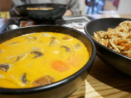 エルサレム(イスラエル)のThailandiで食べたトムヤムクン