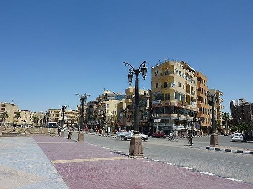 エジプト・ルクソールの市内中心部
